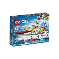 Stavebnice LEGO® CITY GREAT VEHICLES 60147 Rybářská loďka